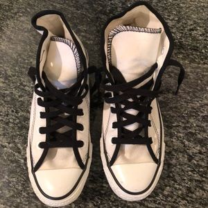 Shoes - Black and white hightop Converse tennis shoes